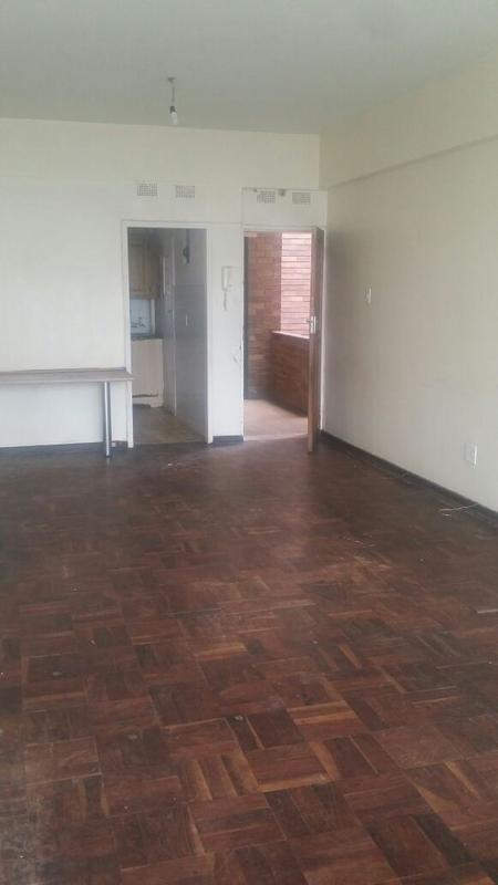 Property For Sale in Yeoville, Johannesburg 10