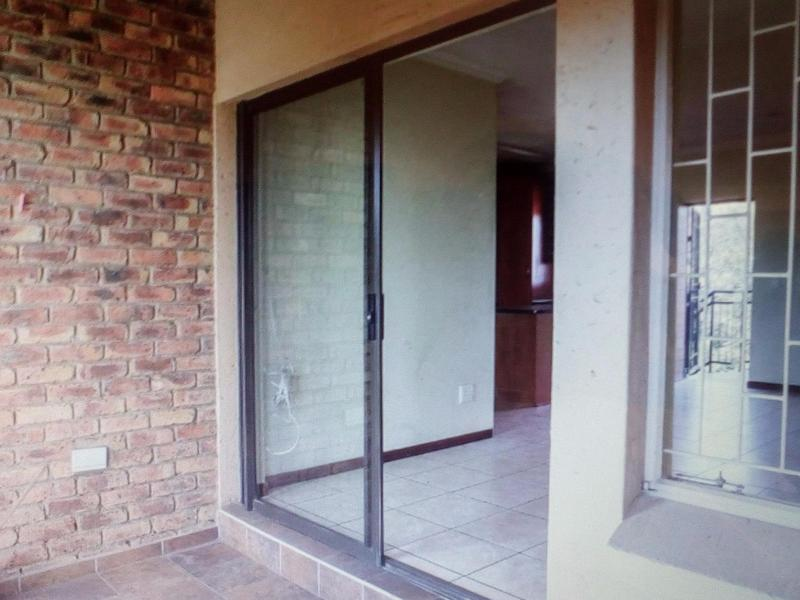 Property For Sale in Bedfordview, Bedfordview 9