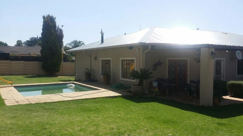 Property For Sale in Edenvale, Edenvale 14