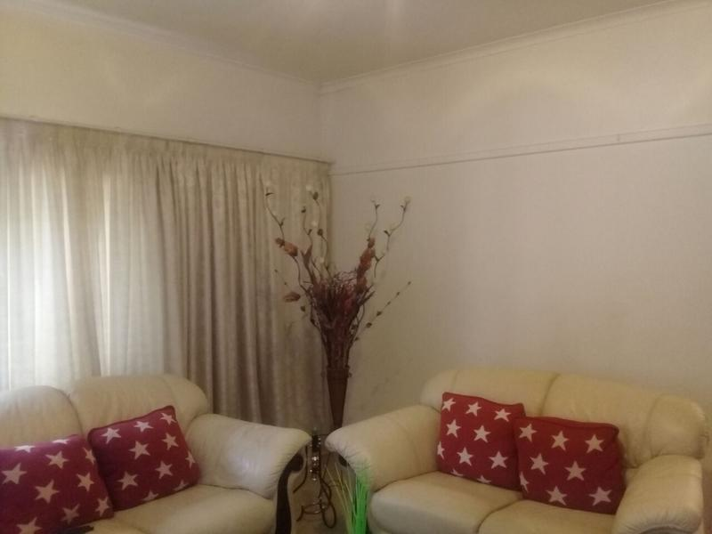 Property For Sale in Lorentzville, Johannesburg 7