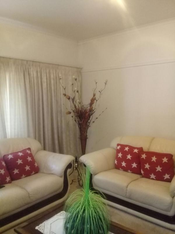 Property For Sale in Lorentzville, Johannesburg 8
