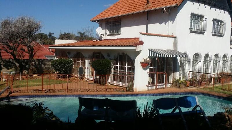 Property For Sale in Cyrildene, Johannesburg 24