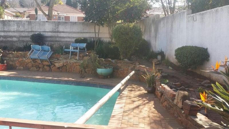 Property For Sale in Cyrildene, Johannesburg 23