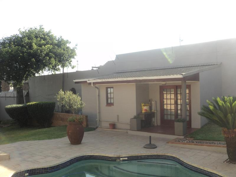 Property For Sale in Kensington, Johannesburg 17