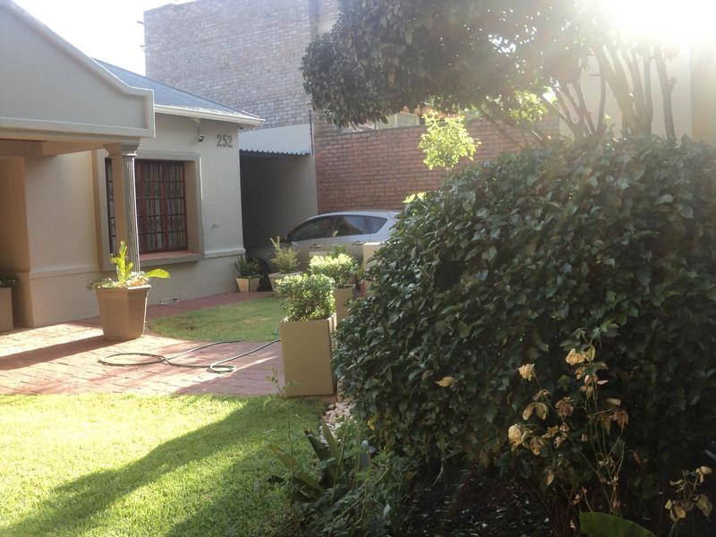 Property For Sale in Kensington, Johannesburg 25