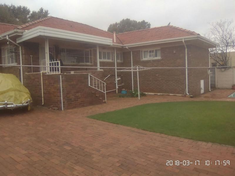 Property For Sale in Cyrildene, Johannesburg 3