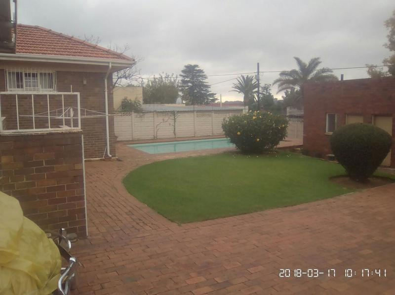 Property For Sale in Cyrildene, Johannesburg 2