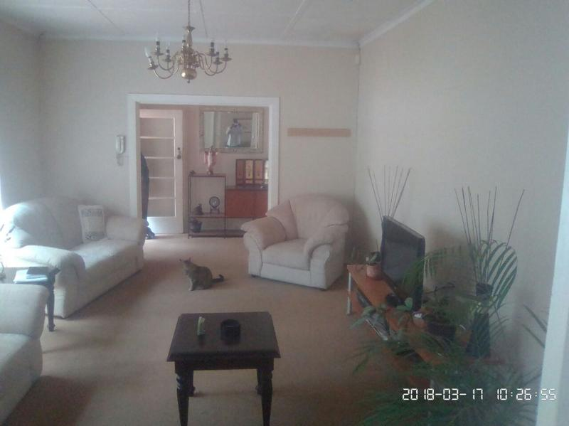 Property For Sale in Cyrildene, Johannesburg 11