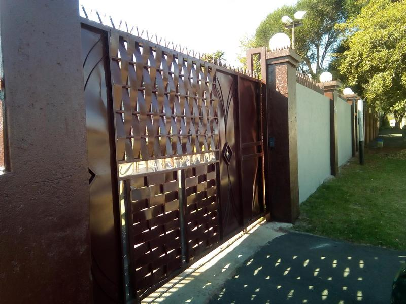Property For Sale in Symhurst, Germiston 1