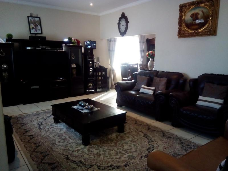 Property For Sale in Symhurst, Germiston 8