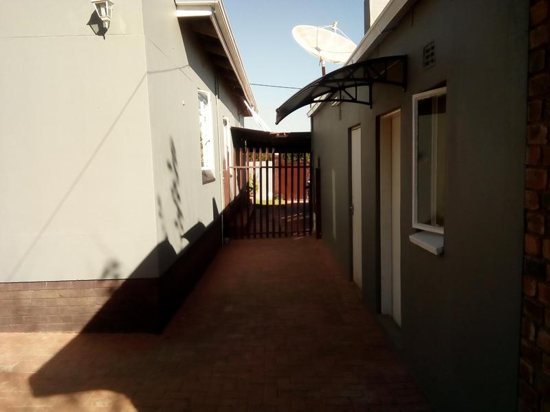 Property For Sale in Symhurst, Germiston 22