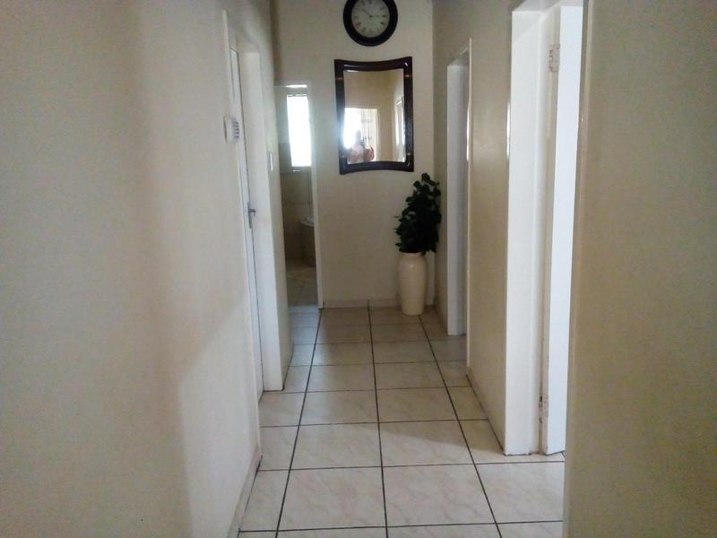 Property For Sale in Symhurst, Germiston 25