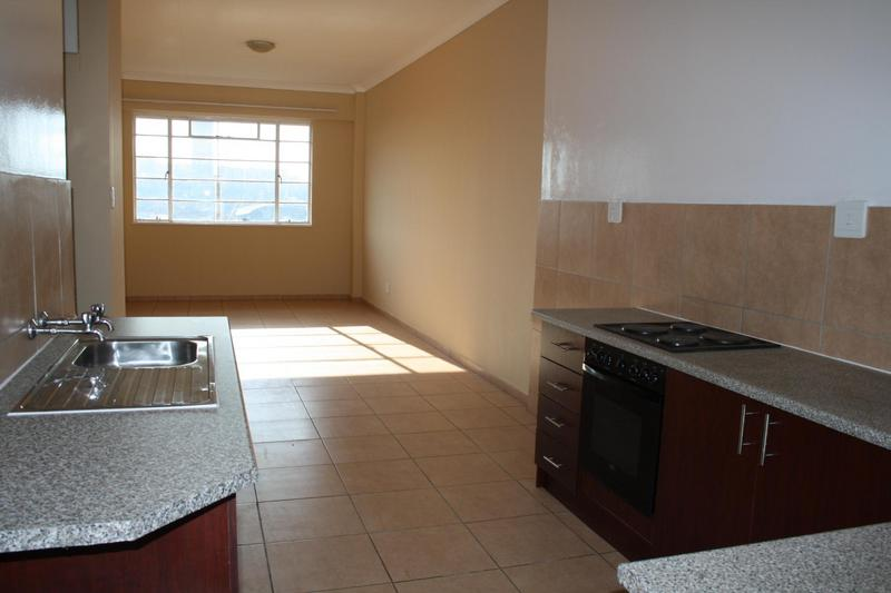 Property For Sale in Troyeville, Johannesburg 14