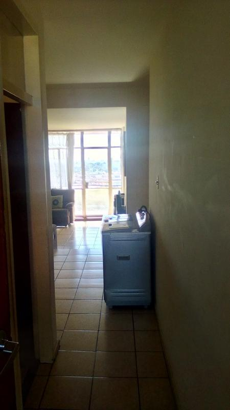Property For Sale in Troyeville, Johannesburg 10