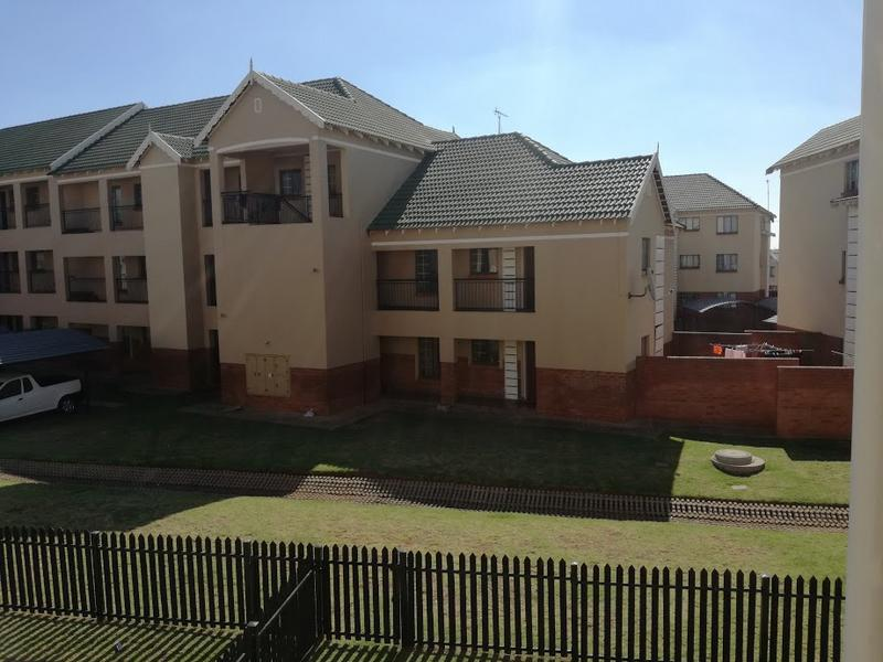 Property For Sale in Kempton Park, Kempton Park 11