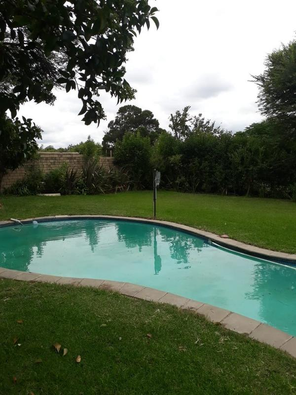 Property For Sale in Glen Austin, Midrand 2
