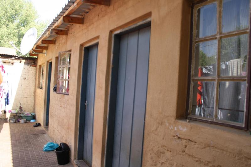 Property For Sale in Malvern, Johannesburg 10
