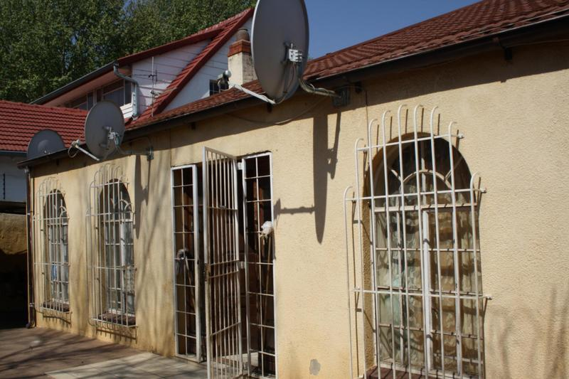 Property For Sale in Malvern, Johannesburg 12