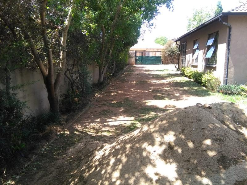 Property For Sale in Kempton Park, Kempton Park 9