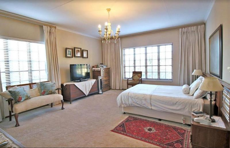 Property For Sale in Morninghill, Bedfordview 5