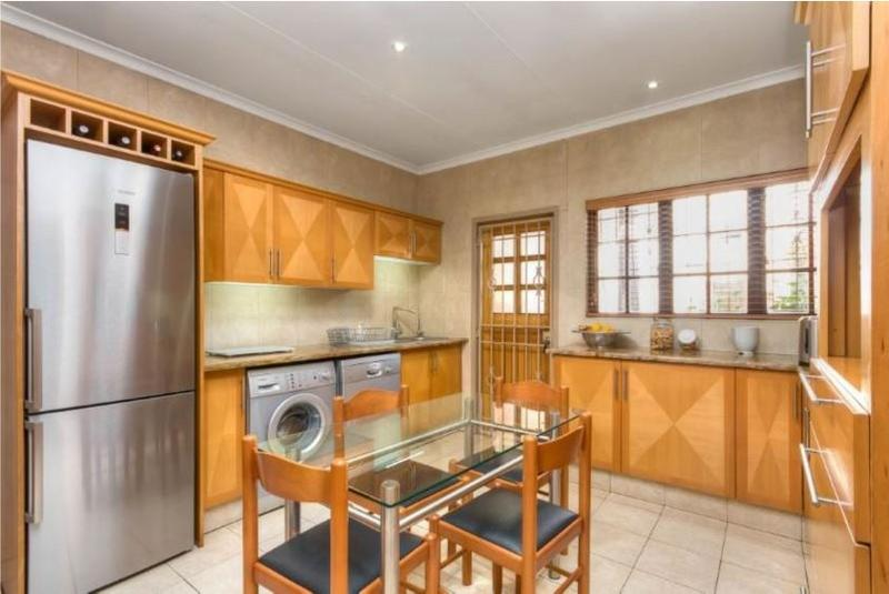 Property For Sale in Morninghill, Bedfordview 4