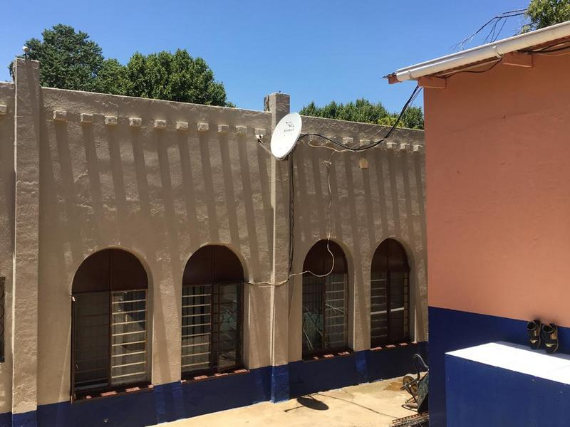 Property For Sale in Bezuidenhout Valley, Johannesburg 17