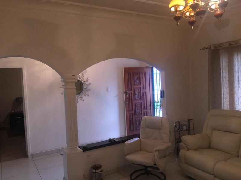 Property For Sale in Bezuidenhout Valley, Johannesburg 14