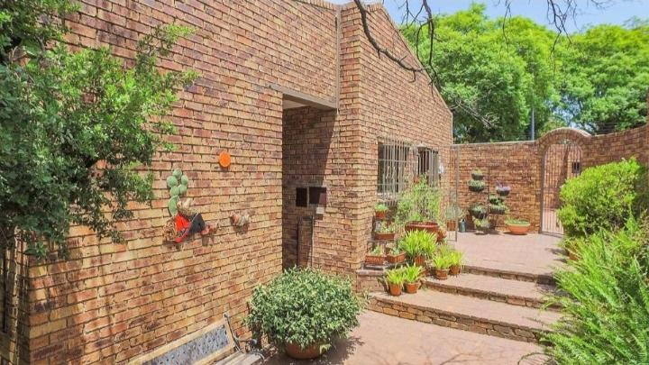Property For Sale in Kensington, Johannesburg 18
