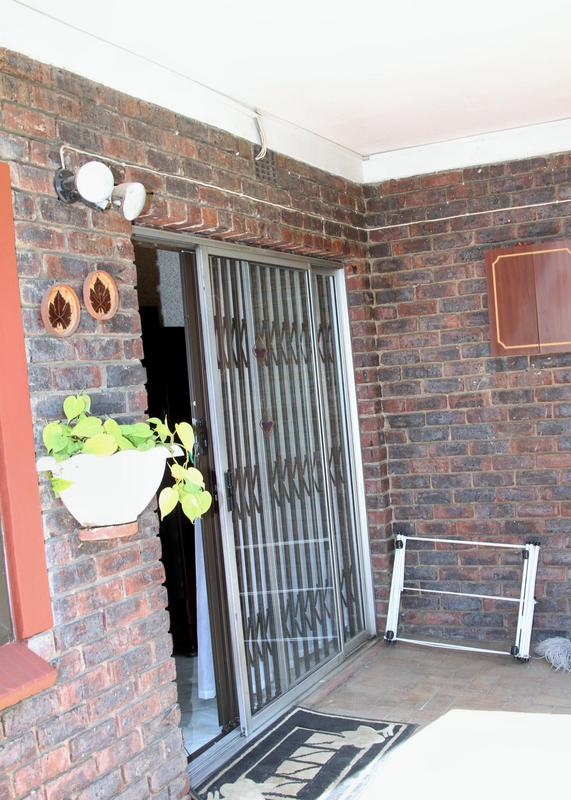 Property For Sale in Meadowbrook, Germiston 5