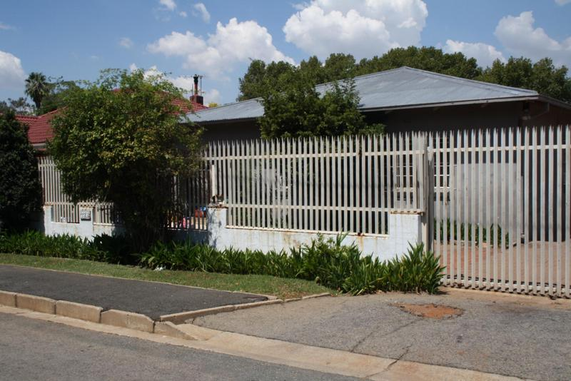 Property For Sale in Bezuidenhout Valley, Johannesburg 1