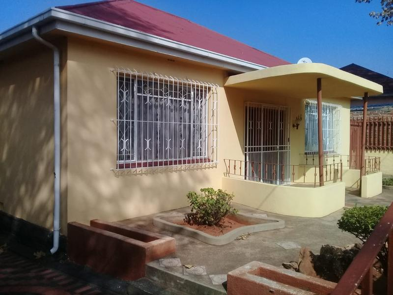 Property For Sale in Malvern, Johannesburg 3