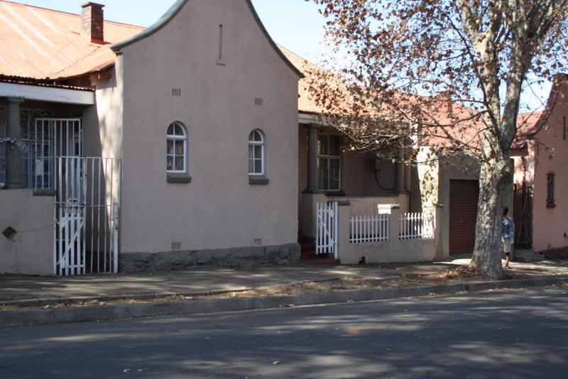 Property For Sale in Jeppestown, Johannesburg 8