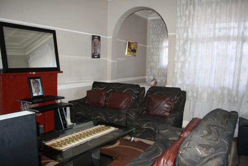 Property For Sale in Jeppestown, Johannesburg 27