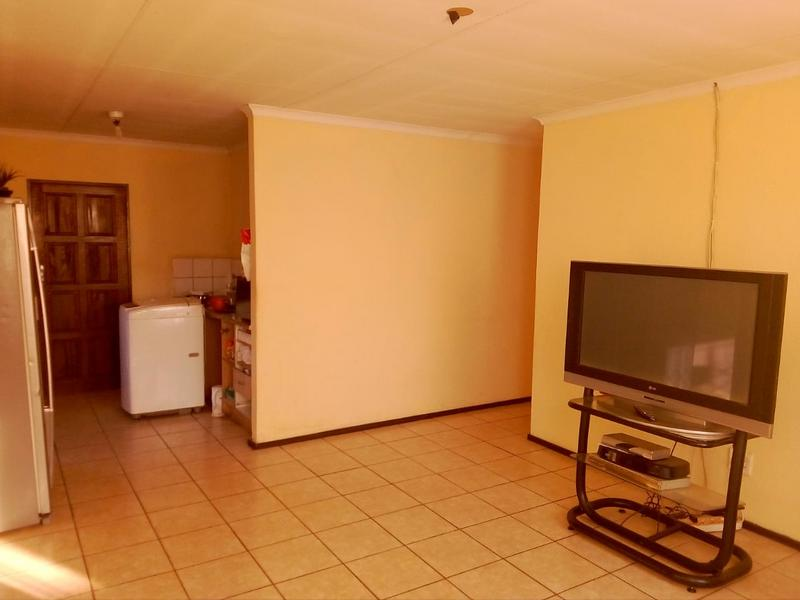 Property For Sale in Birch Acres, Kempton Park 2