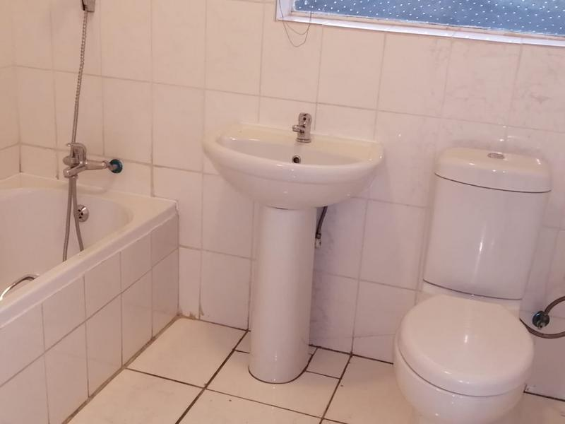 Property For Sale in Illiondale, Edenvale 11