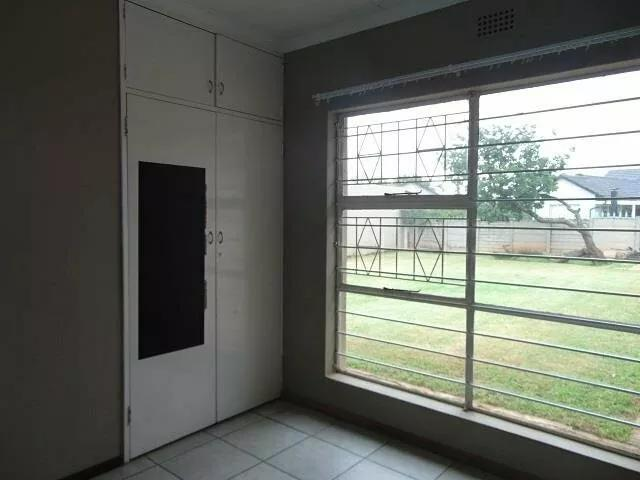 Property For Sale in Tembisa, Tembisa 11