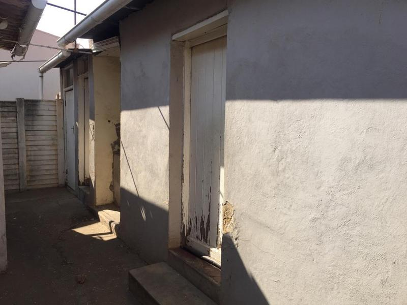 Property For Sale in Bezuidenhout Valley, Johannesburg 13