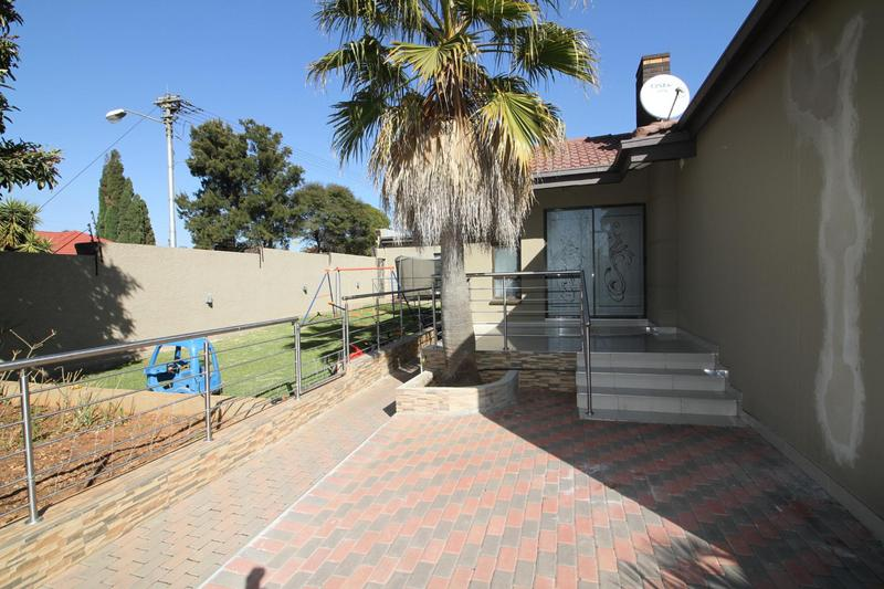 Property For Sale in Fishers Hill, Germiston 7