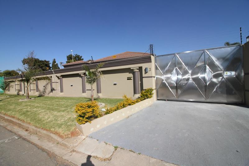 Property For Sale in Fishers Hill, Germiston 3