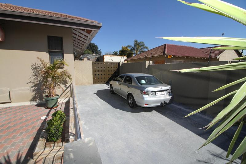 Property For Sale in Fishers Hill, Germiston 5
