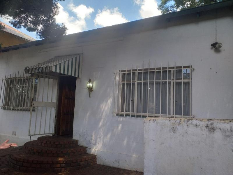 Property For Rent in Bezuidenhout Valley, Johannesburg 3