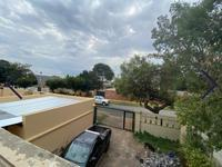 Property For Sale in Discovery, Roodepoort 17